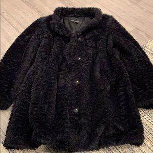 Kenneth Cole Faux Fur Coat size Small